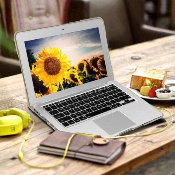 Hard Shell противоударный чехол Macbook Retina 13 TouchBar Бежевая