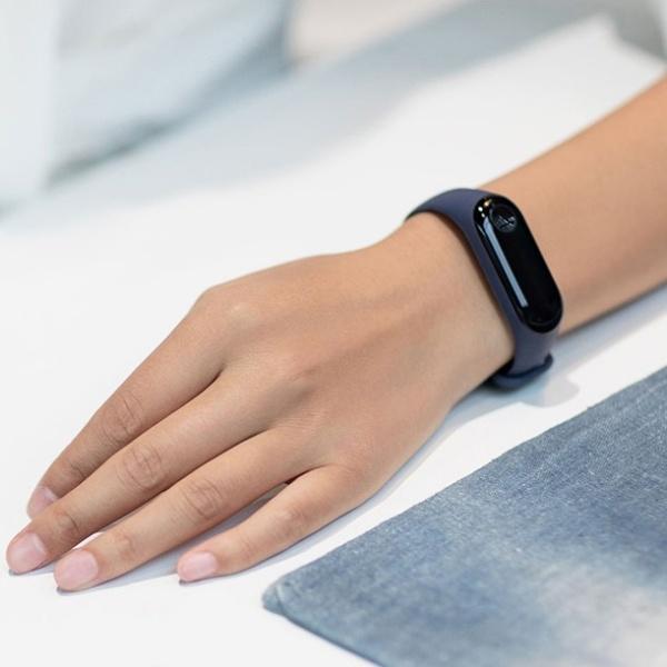 Xiaomi Mi Band 3 фитнес-браслет