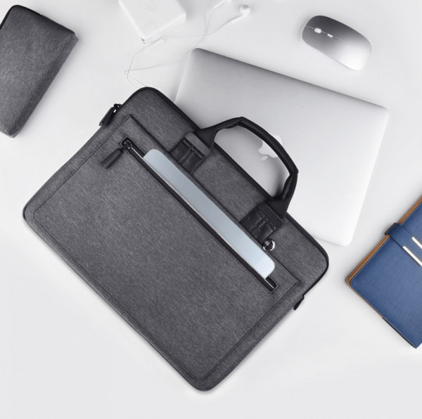 "Snimok ekrana 2019 01 21 v 12.52.18 600x596 - Сумка WIWU Anthena Carrying Bag для MacBook 15"" тёмно-серая"