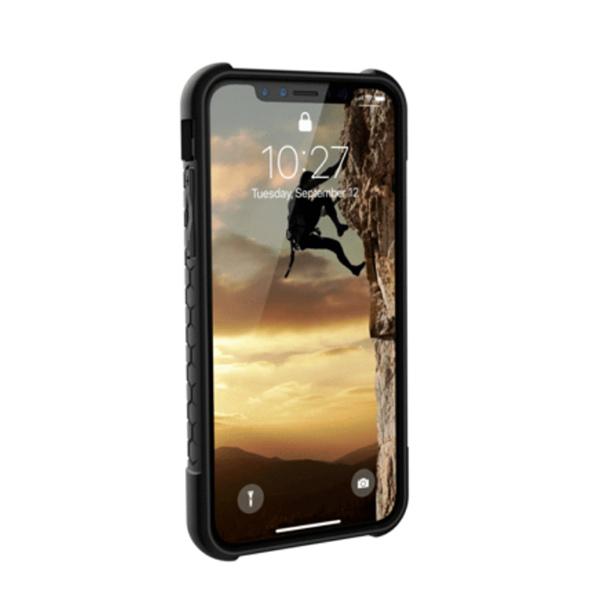 Чехол Uag Monarch для iPhone XS/X чёрный карбон (Carbon Fiber)